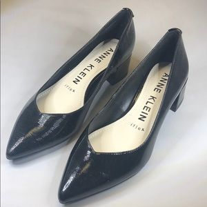 (p250) Anne Klein Dress Pumps - Black Patent 6.5M